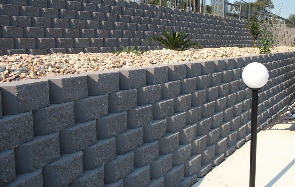 32 32 24 Segmental Unit Masonry Retaining Walls
