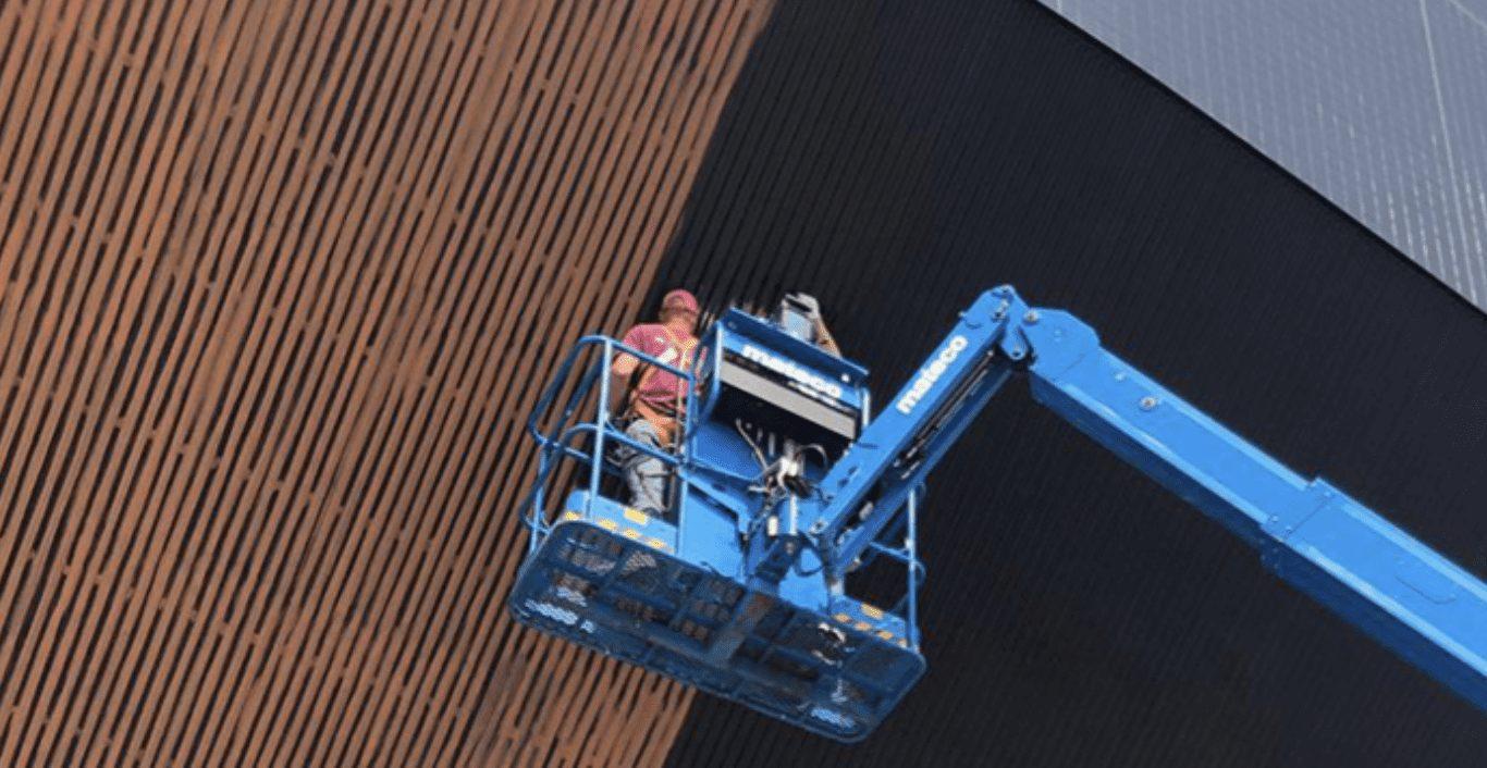 09 96 23 Graffiti Resistant coating